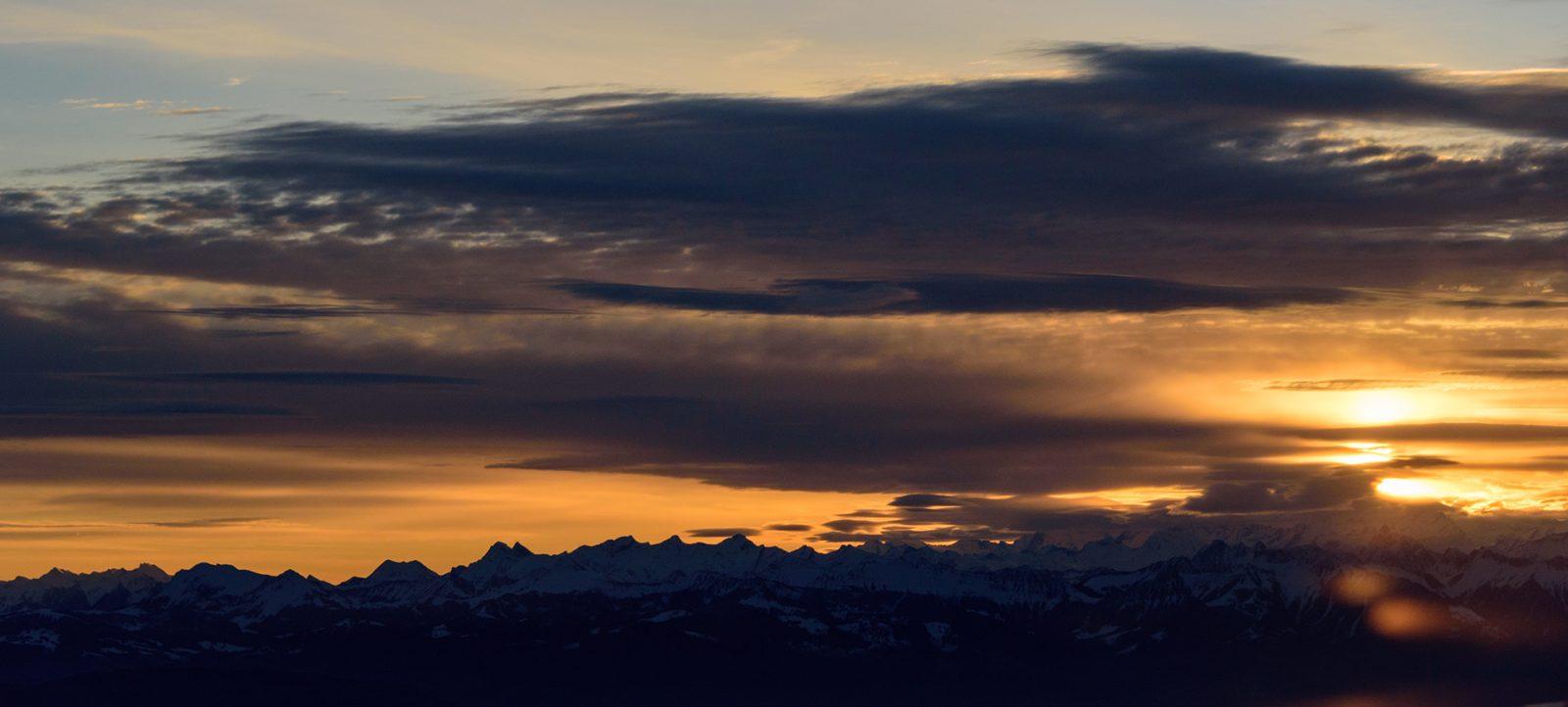 Mountain Rise Twa